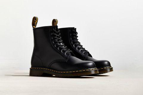 Core 1460 8-Eye Boot