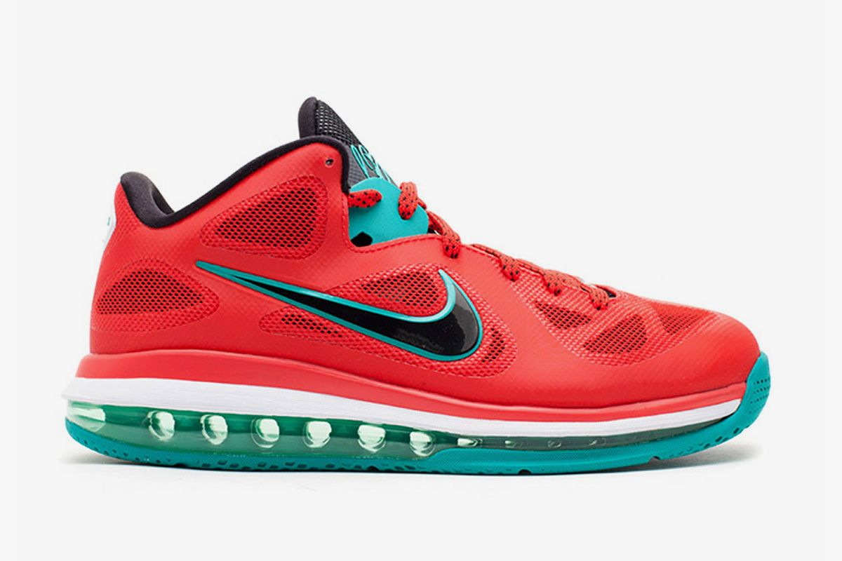 red green and black Nike LeBron 9