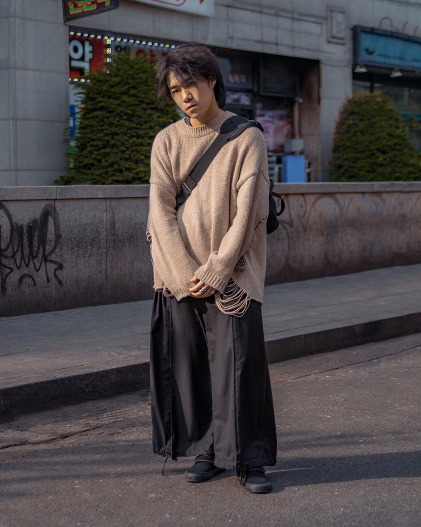 2019 Streetstyle Seoul April DanielLuna 22