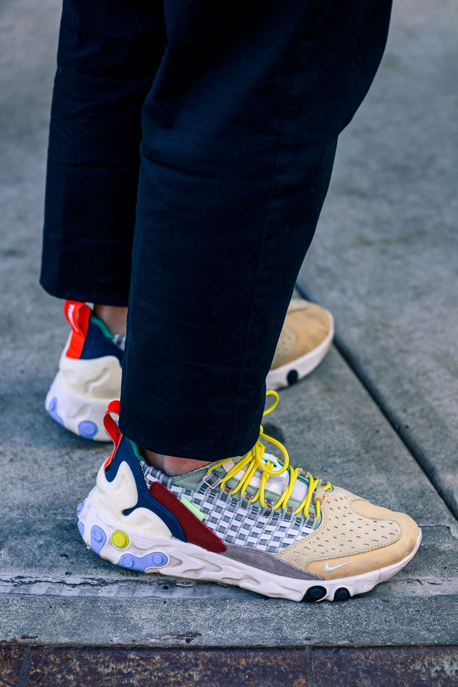 new-york-fashion-week-mens-fw20-sneaker-street-style-07