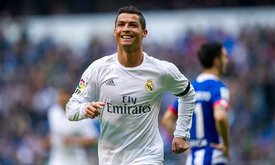 Cristiano Ronaldo Signs 140 Million Deal To Play For Juventus