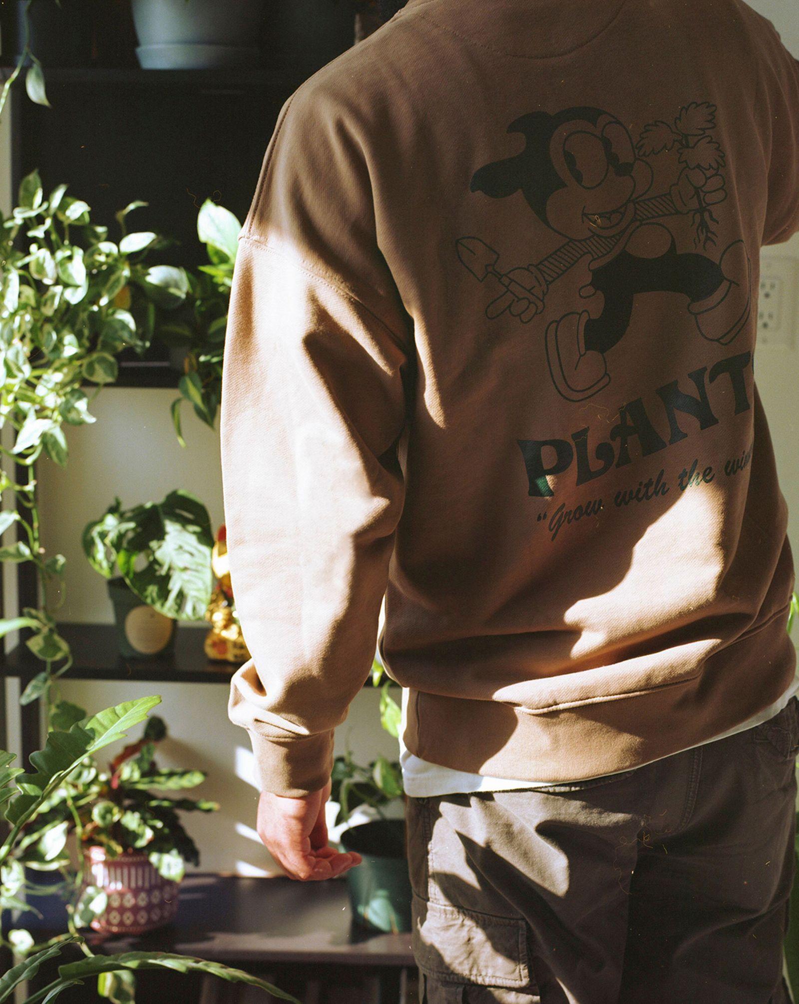 plant-man-p-hm-blank-staples-new-013