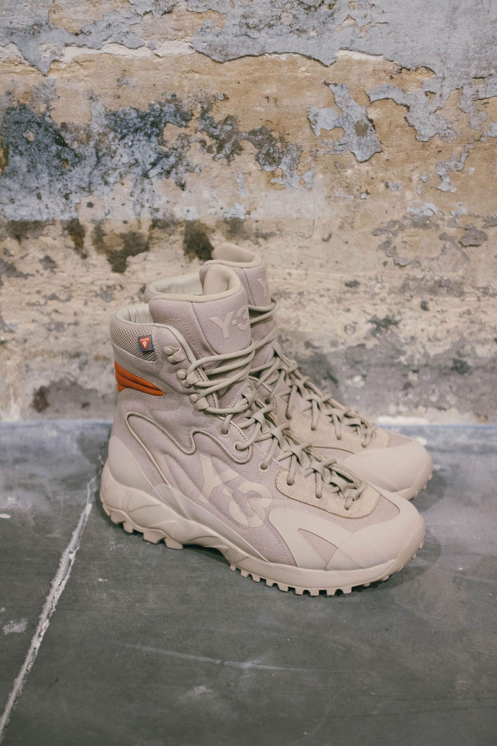 y-3-fw20-footwear-focus-7