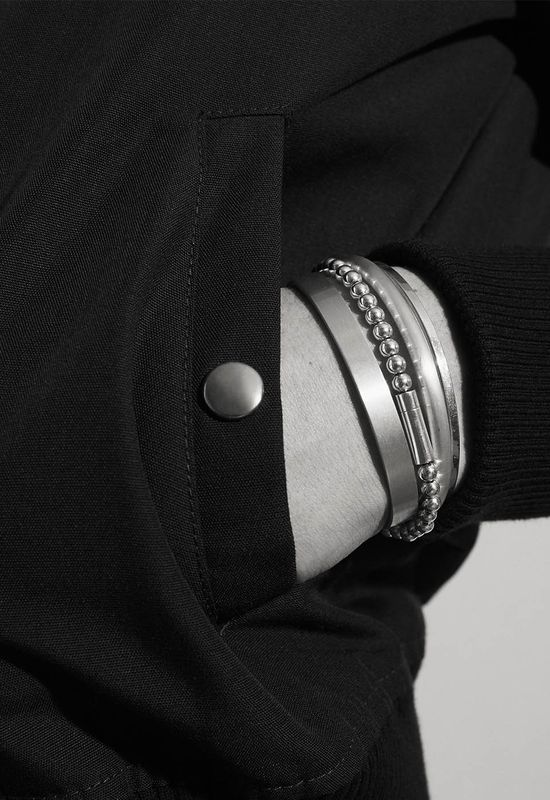 Le Gramme Reinterprets the Classic Ball Chain With Luxurious Elegance