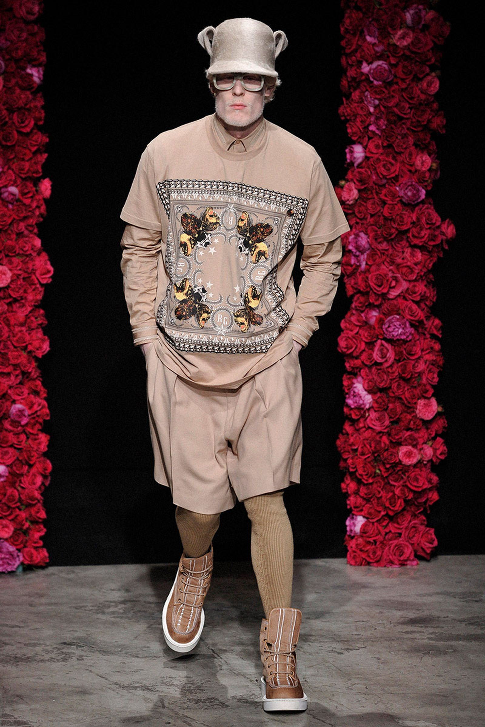 the-12-fashion-shows-that-changed-mens-fashion-04