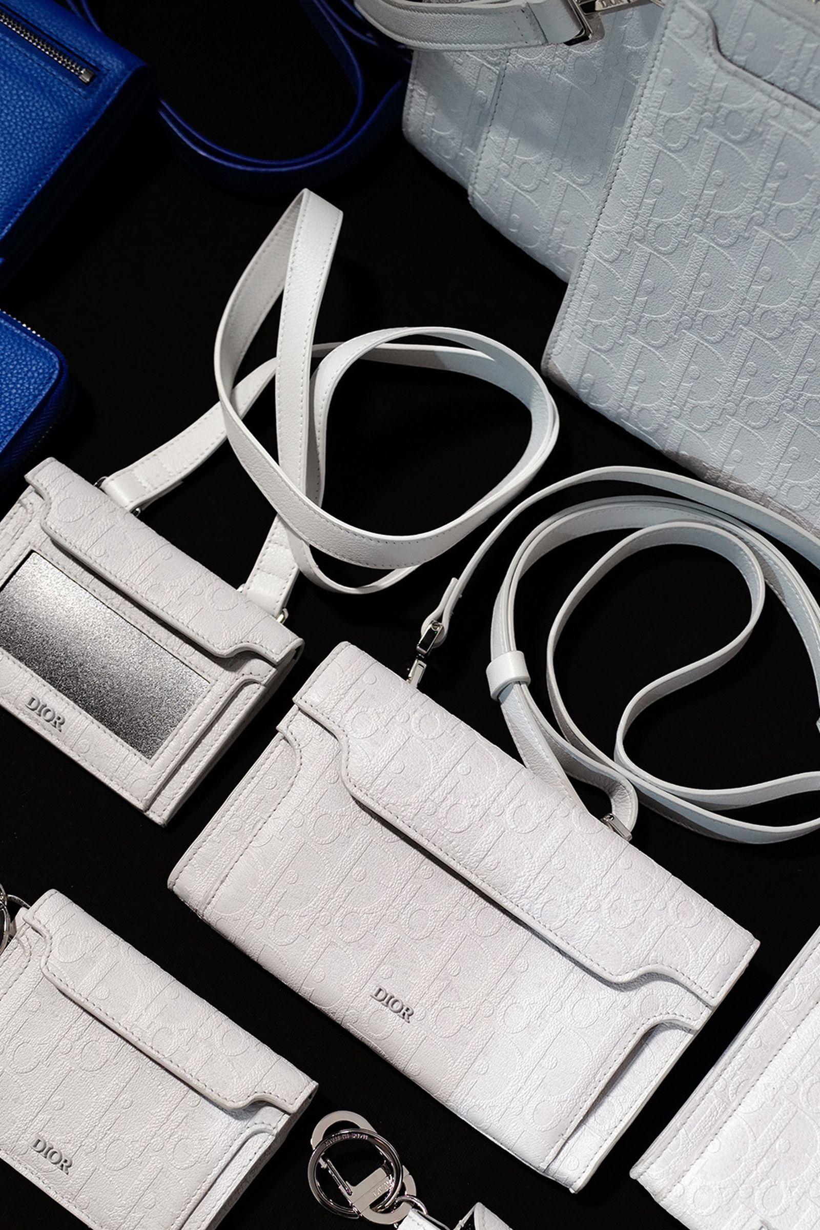 J1070162 Leica Q2 paris fashion week