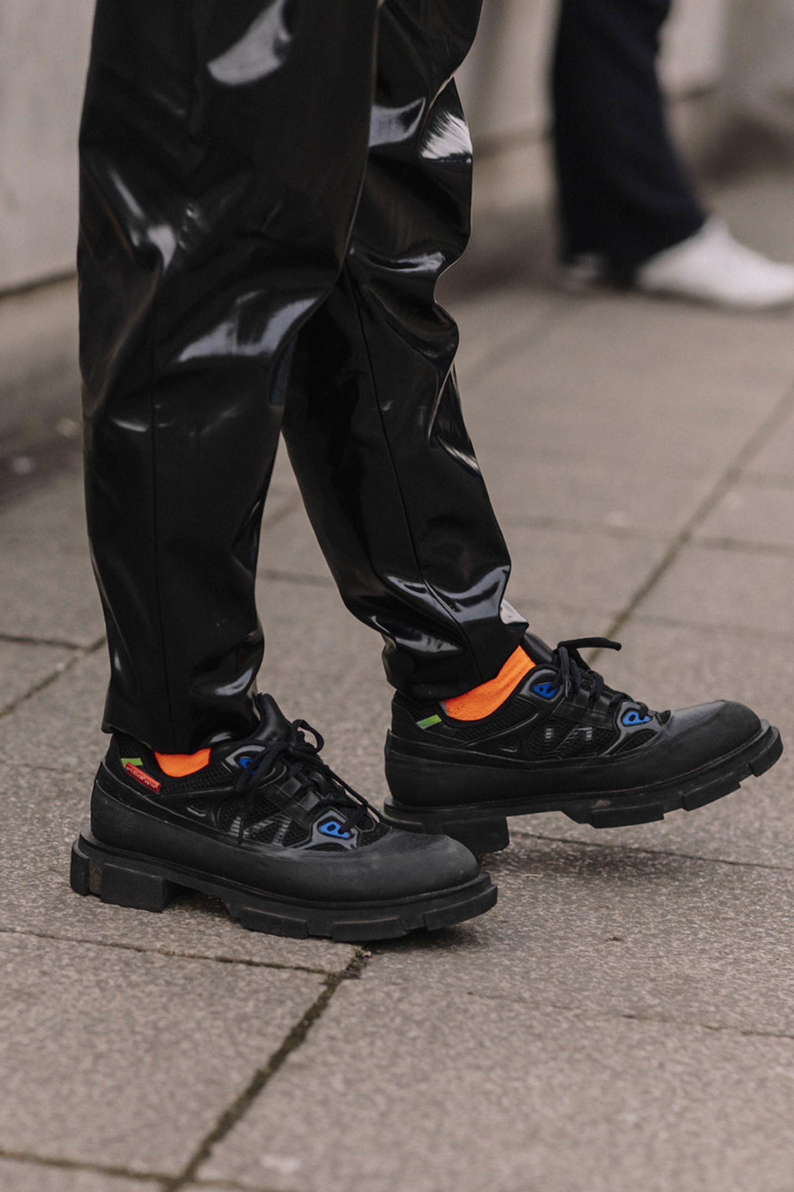 MFW19 London StreetStyle Sneakers AsiaTypek 04 lfwm
