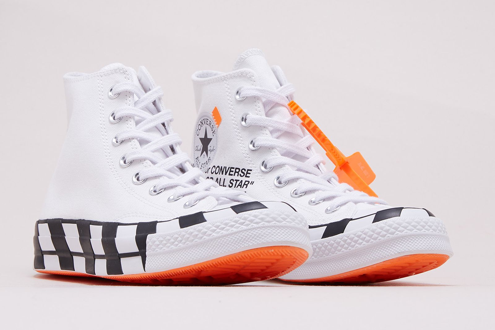 eficiencia medias Composición  OFF-WHITE x Converse Chuck 70: How & Where to Buy Today