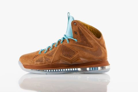 detailed look f88ae d7957 Nike is getting ready for the release of another strong LeBron X sneaker.  After having released the denim version and the Championship Pack, the Nike  LeBron ...