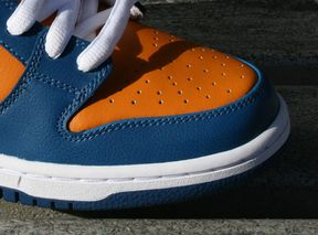 finest selection 5330f 60cd4 Nike SB Dunk Low Pro QS  Knicks    Highsnobiety