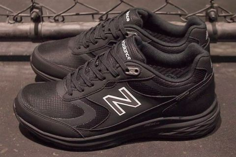"6034de01130 New Balance's Brand New ""GORE-TEX"" MW880 Is Peak Stealth"
