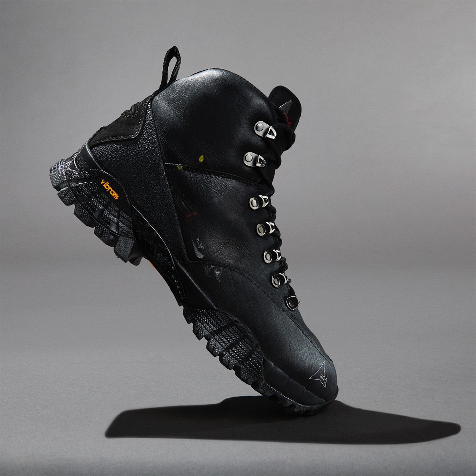 05tested-5-trekking-boots-find-best-outdoors-style-
