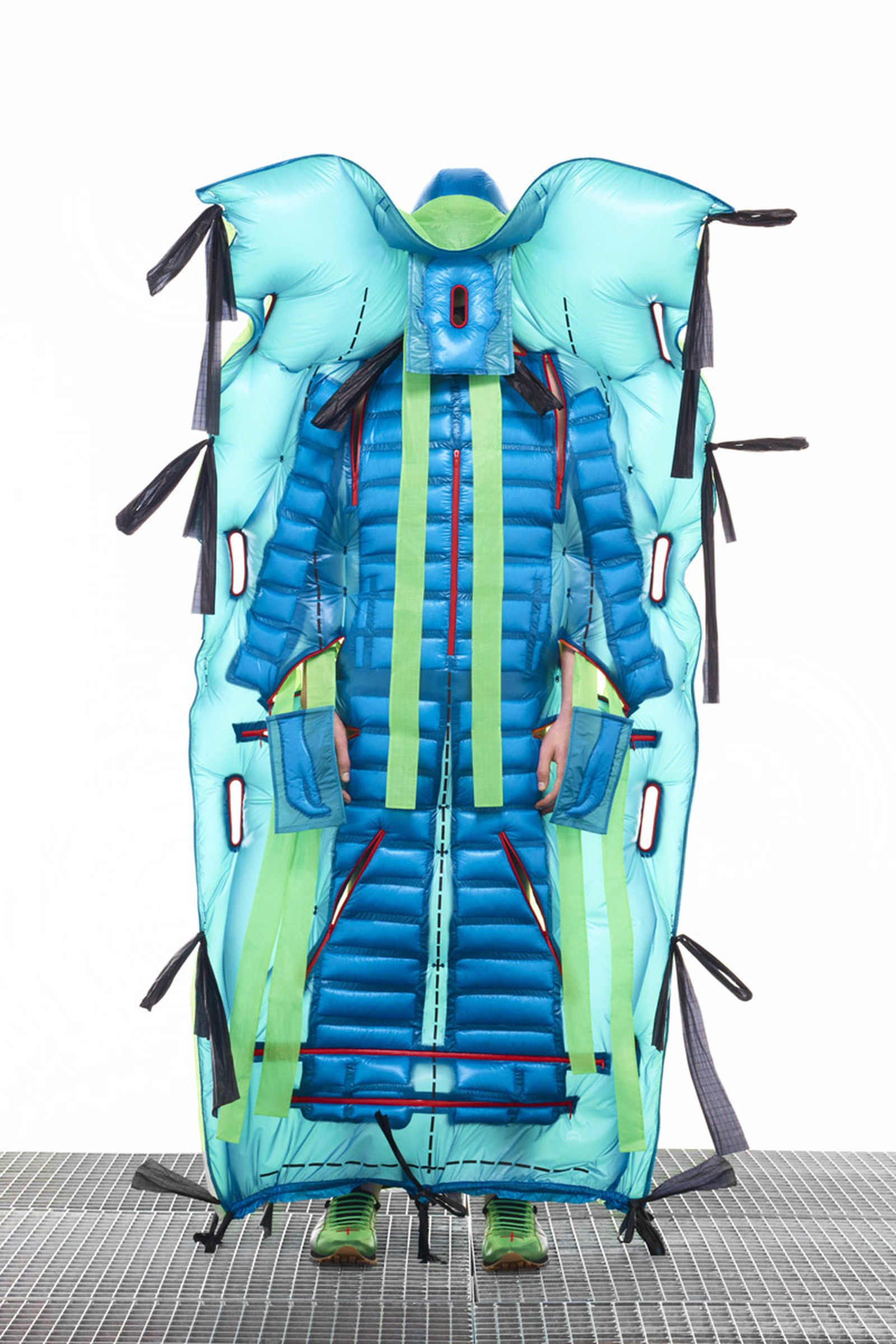 5 MONCLER CRAIG GREEN_COLLECTION IMAGES (7)