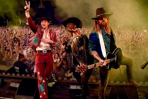 diplo remix old town road listen billy ray cyrus lil nas x soundcloud