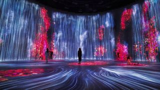 teamlab universe of water particles tank shanghai exhibit