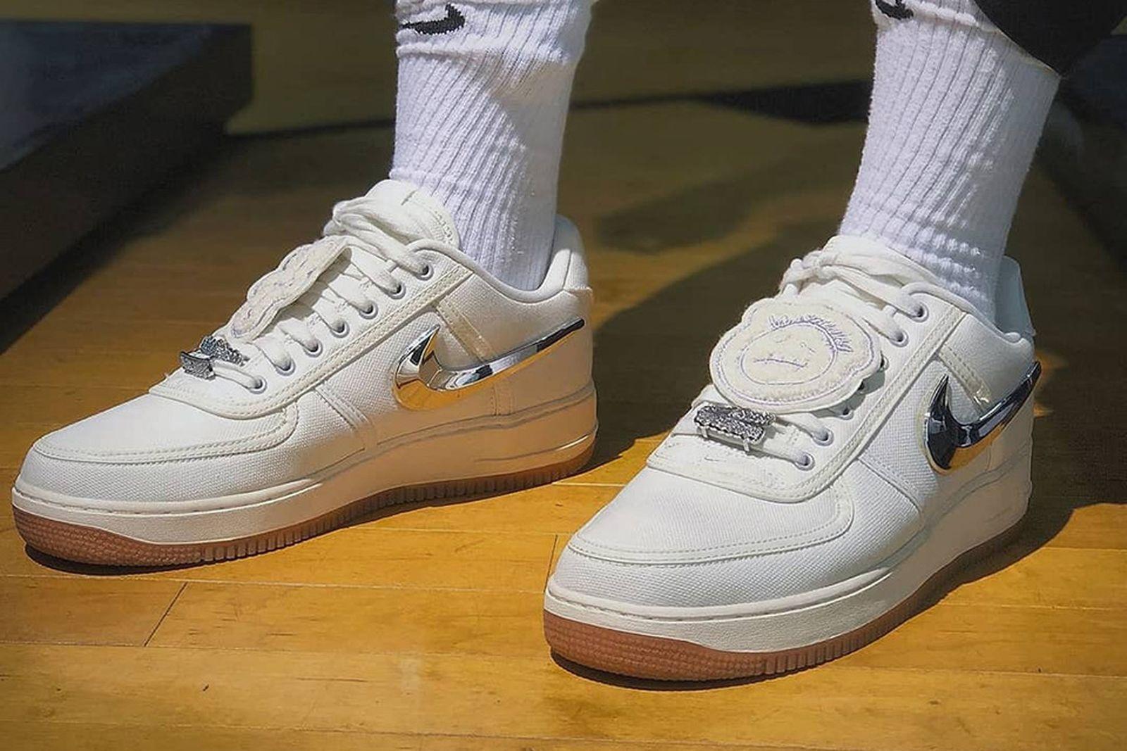 tímido Todo el mundo Miserable  Here's How Instagram Is Wearing the Travis Scott Nike Air Force 1
