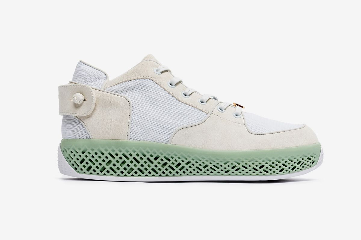 This Luxury Chinese Brand's First Sneaker Uses 4D Technology 7