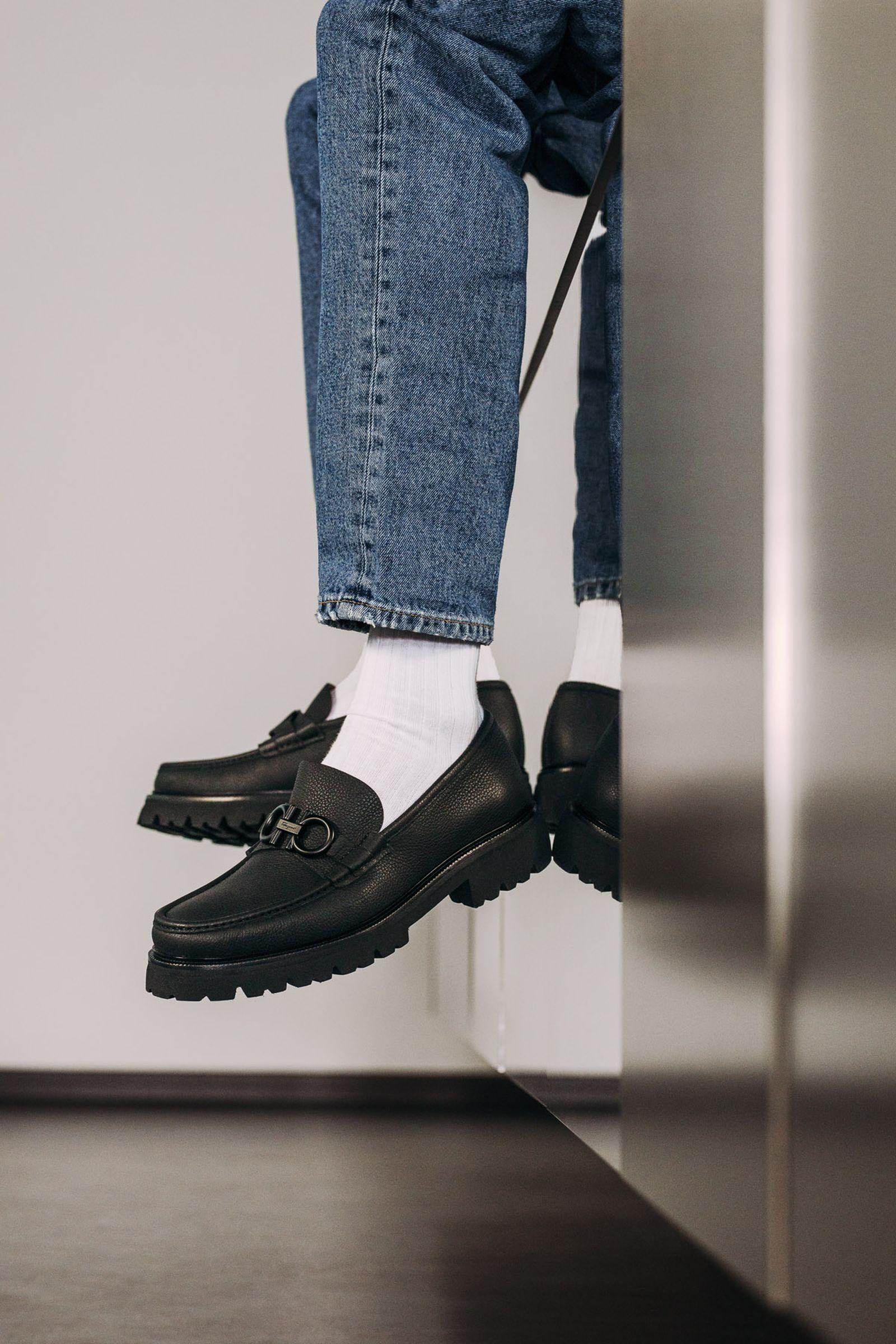ferragamo-footwear-style-guide-14