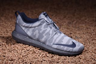 """online store 8897a ae7a3 Nike Readies """"Grey Camo"""" Release of the Roshe One"""