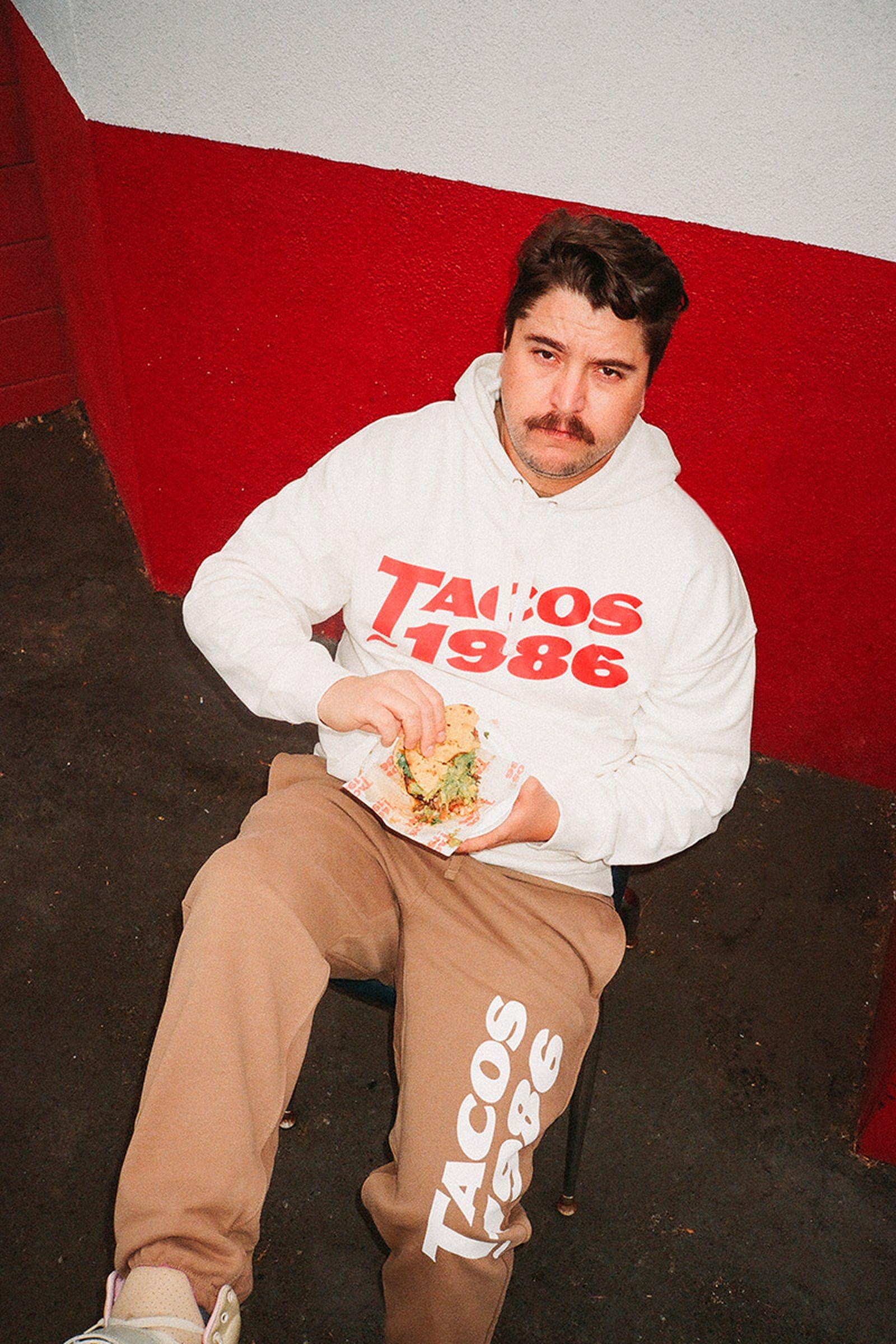 tacos-1986-x-hm-blank-staples-04