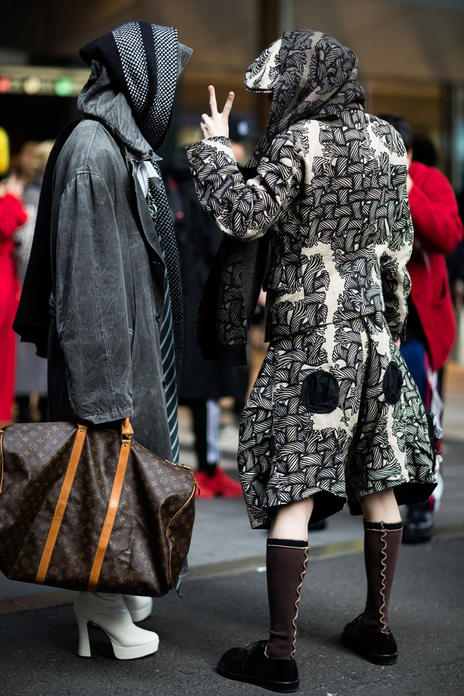18tokyo fashion week street style