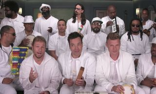 "Backstreet Boys, Jimmy Fallon & The Roots Sing ""I Want It That Way"" With Classroom Instruments"