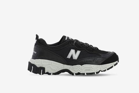 801 Sneakers