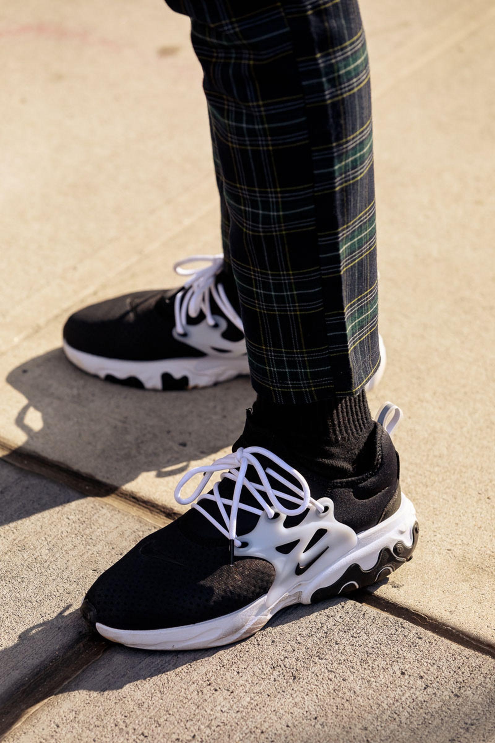 new-york-fashion-week-mens-fw20-sneaker-street-style-17
