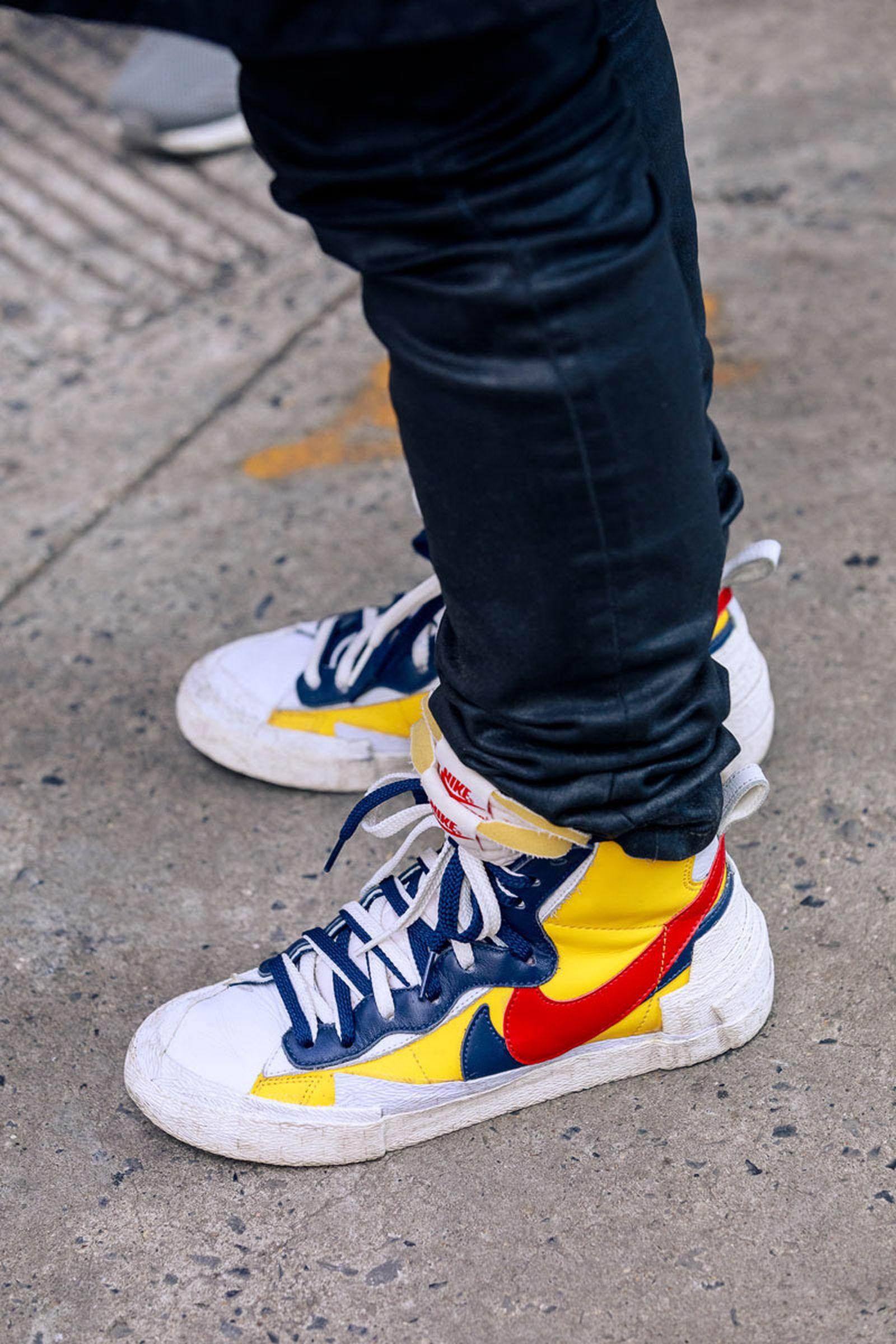 new-york-fashion-week-mens-fw20-sneaker-street-style-16