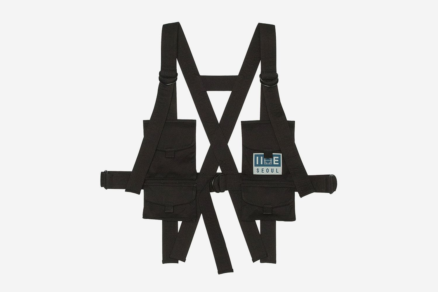 Structured Chest Rig