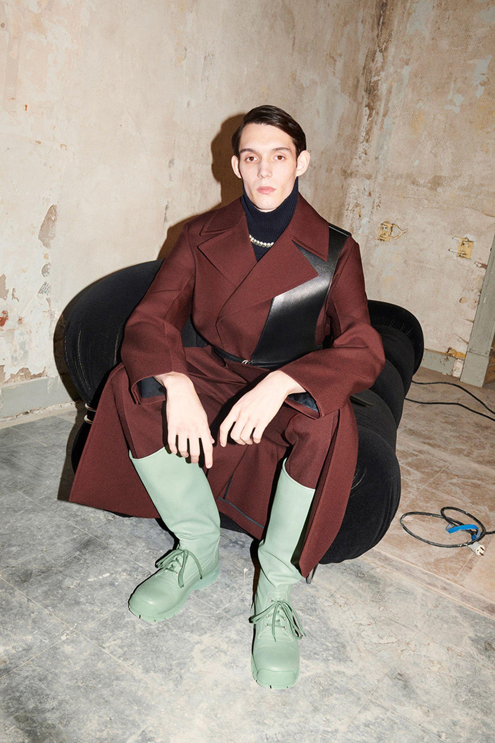 fashion-week-fw21-sneaker-roundup-jil-sander-01