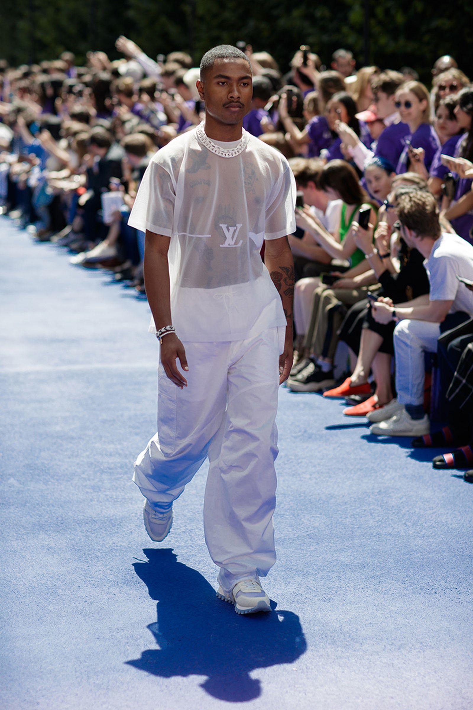 the-12-fashion-shows-that-changed-mens-fashion-louis-vuitton-ss19-02