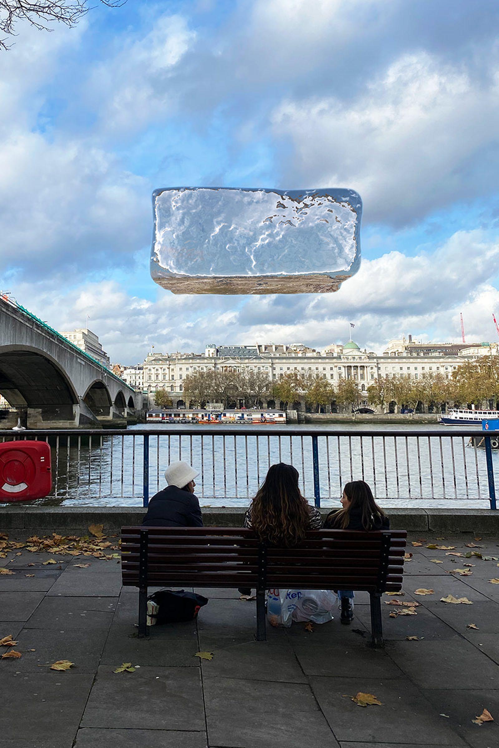 unreal-city-augmented-reality-kaws-03