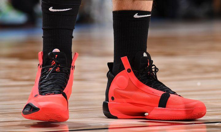 """Luka Donic wears Nike Air Jordan 34 """"Infrared 23"""""""