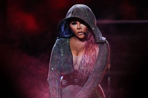 lil kim sequin outfit and hood