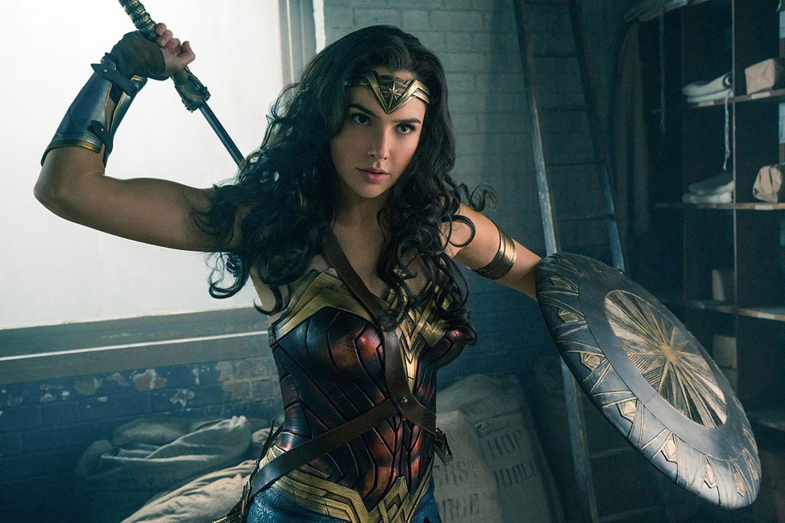 gal gadot wonder woman workout routine main Wonder Woman 2