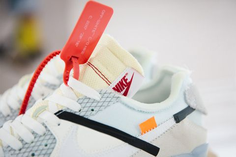 715eec082122 4 Possible Reasons Why OFF-WHITE Products Come With Zip Ties