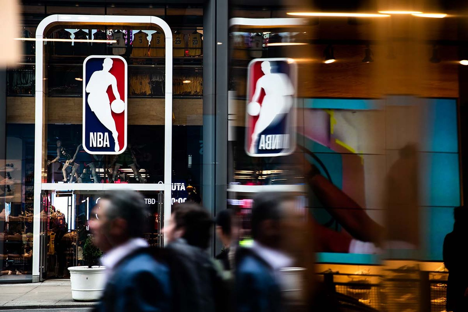 An NBA logo is shown at the 5th Avenue NBA store