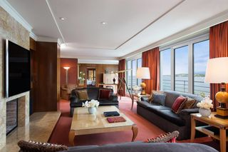 Stupendous Inside The Worlds 10 Most Expensive Hotel Suites Download Free Architecture Designs Oxytwazosbritishbridgeorg