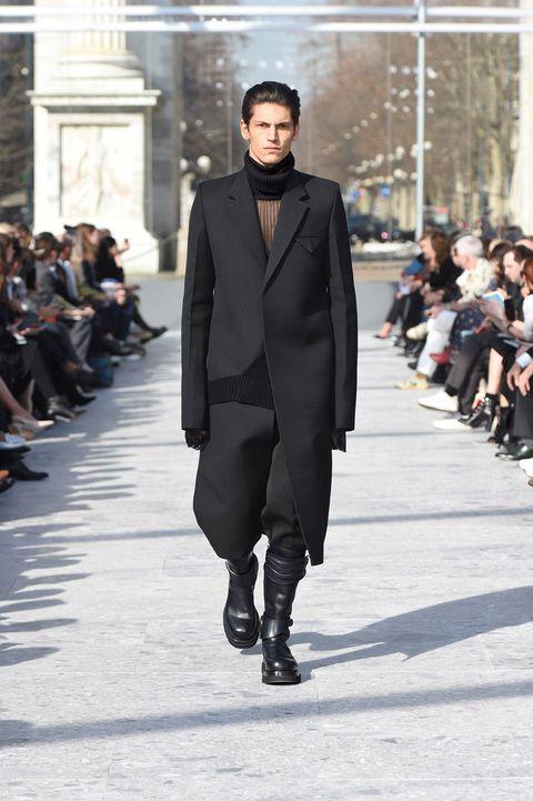 order online to buy best cheap Bottega Veneta is Redefining Luxury Fashion For a New Era