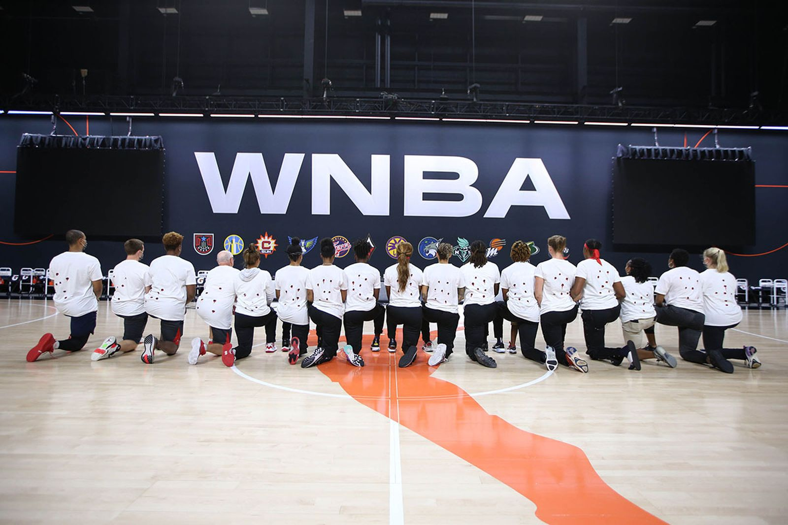 The Washington Mystics protest the shooting go Jacob Blake