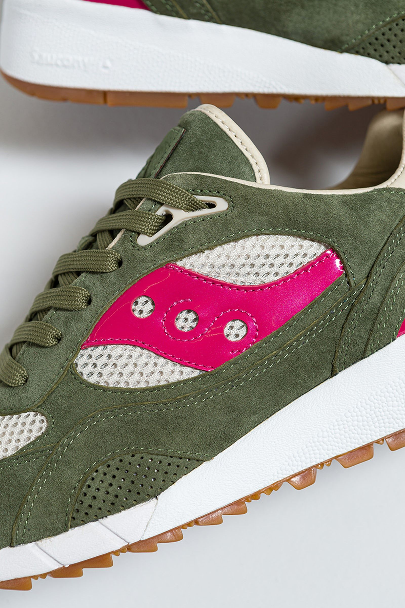 up-there-saucony-shadow-6000-release-date-price-04