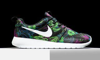 "Nike Roshe Run Print ""Smoky Lotus"""