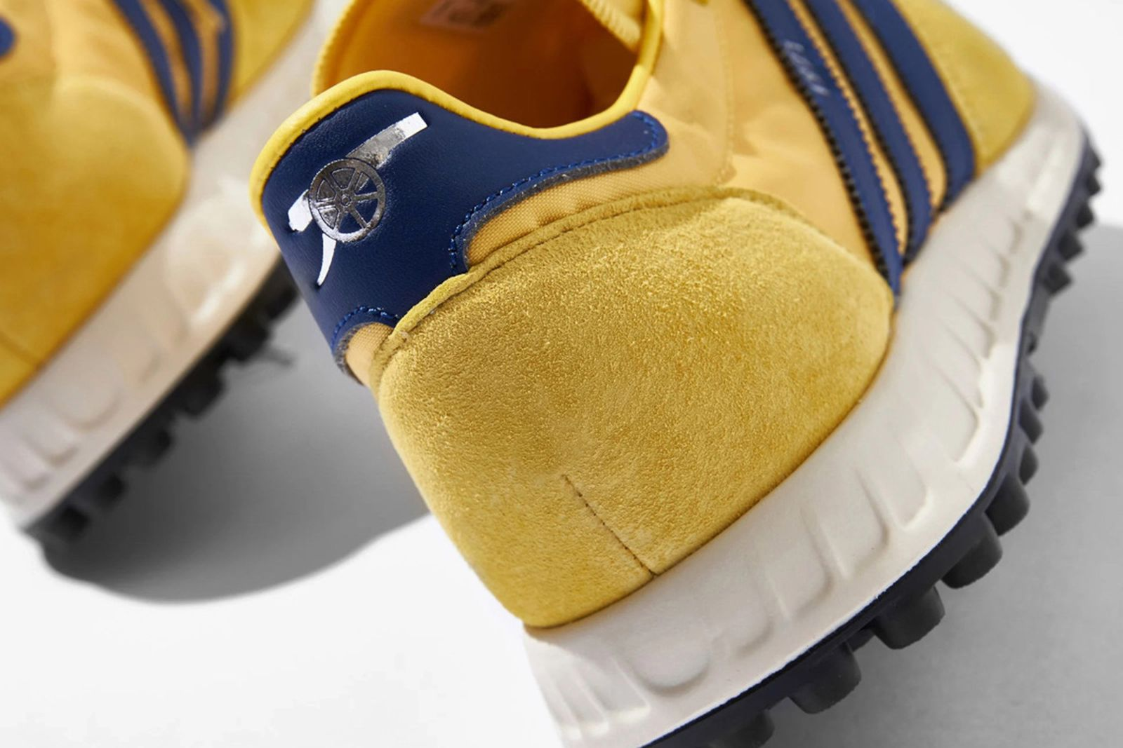 arsenal-adidas-trx-runner-04