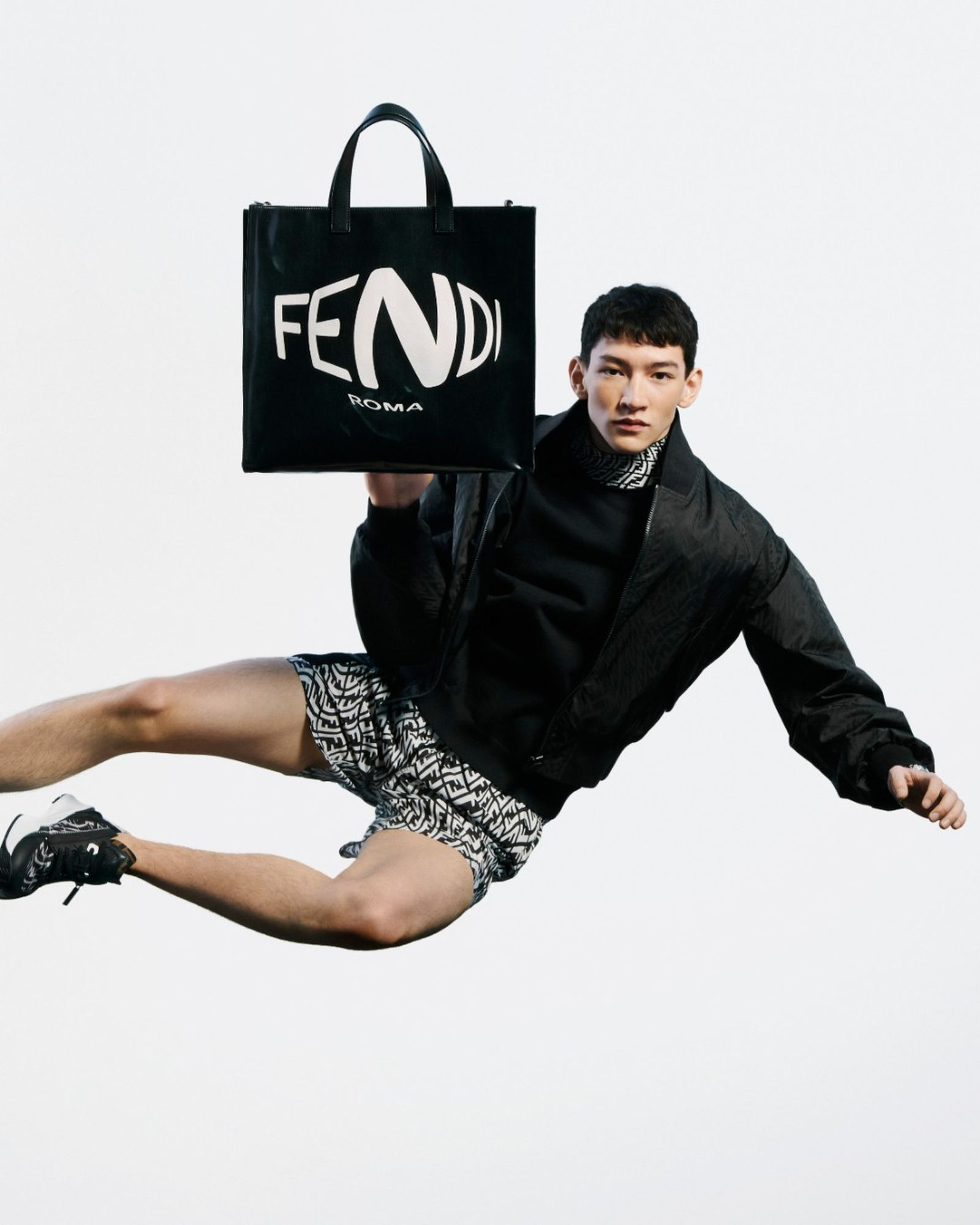 4_5_FENDI SUMMER VERTIGO-17