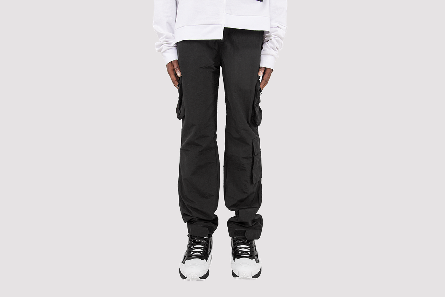 Laboratory Multi-Pocket Pant