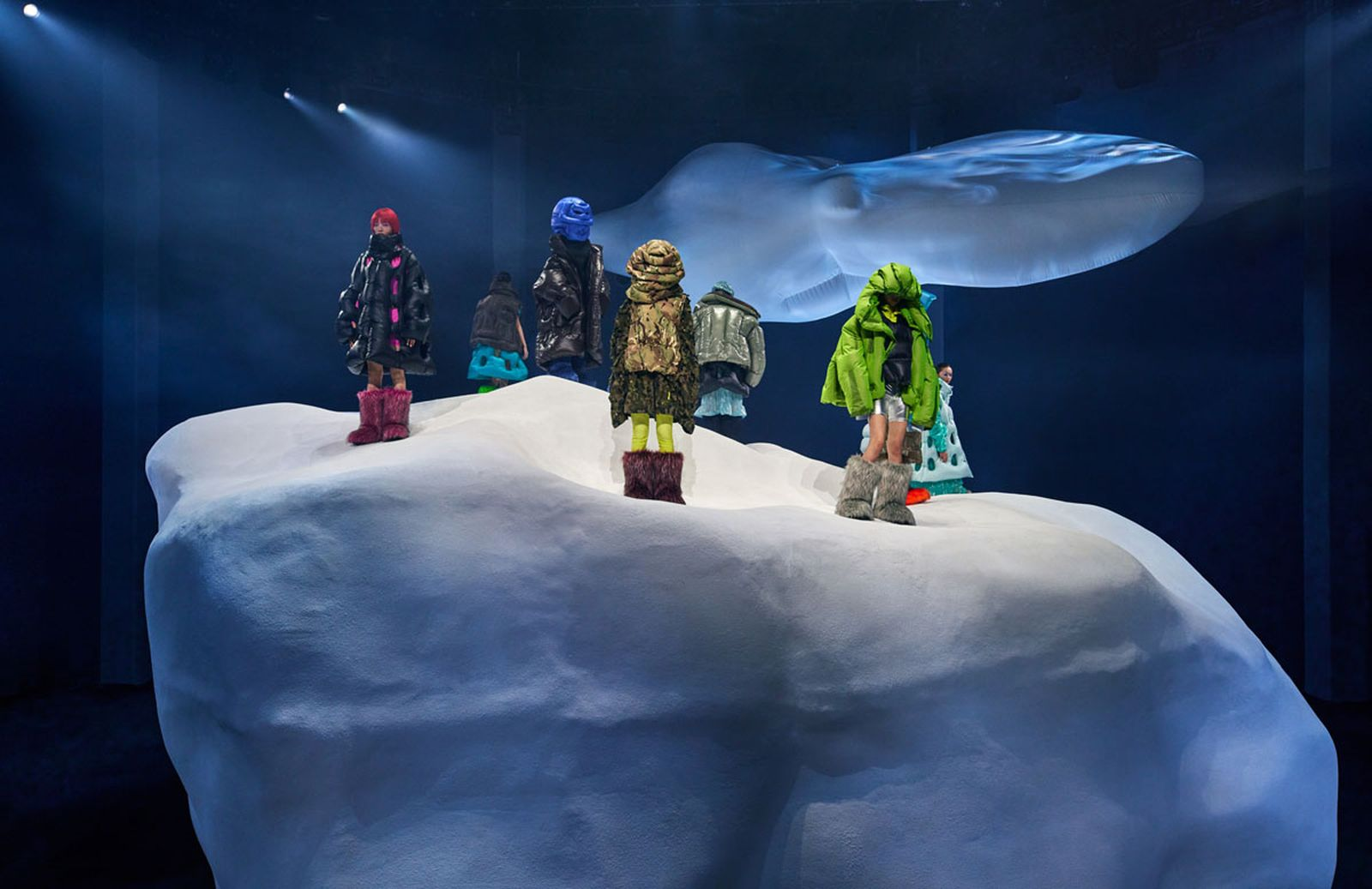 Moncler_Dingyun_Zhang_Photo_Installation_With_Models_02