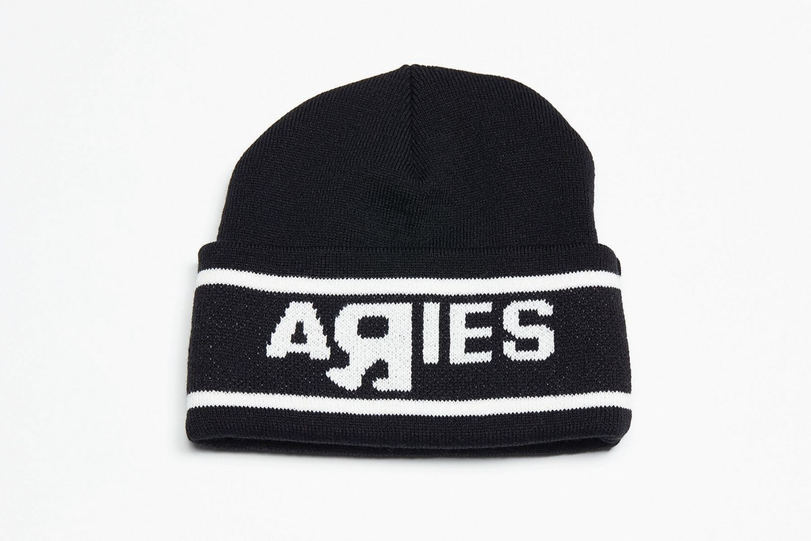 aries-vault-by-vans-go-your-own-way-release-date-price-10