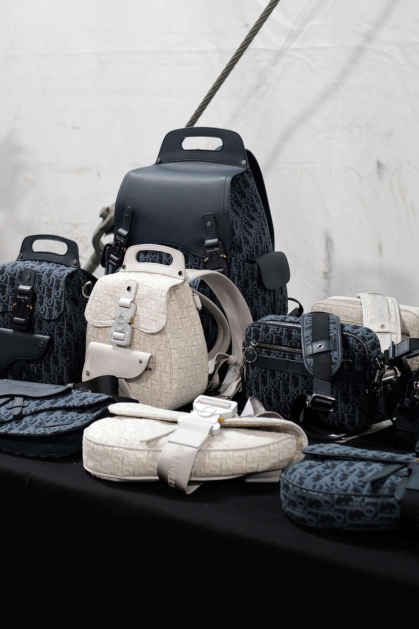 J1070169 Leica Q2 paris fashion week