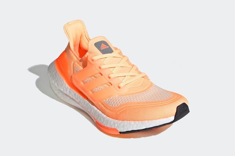 New Balance Turns the 574 Into a Dress Shoe & Other Sneaker News Worth a Read 71
